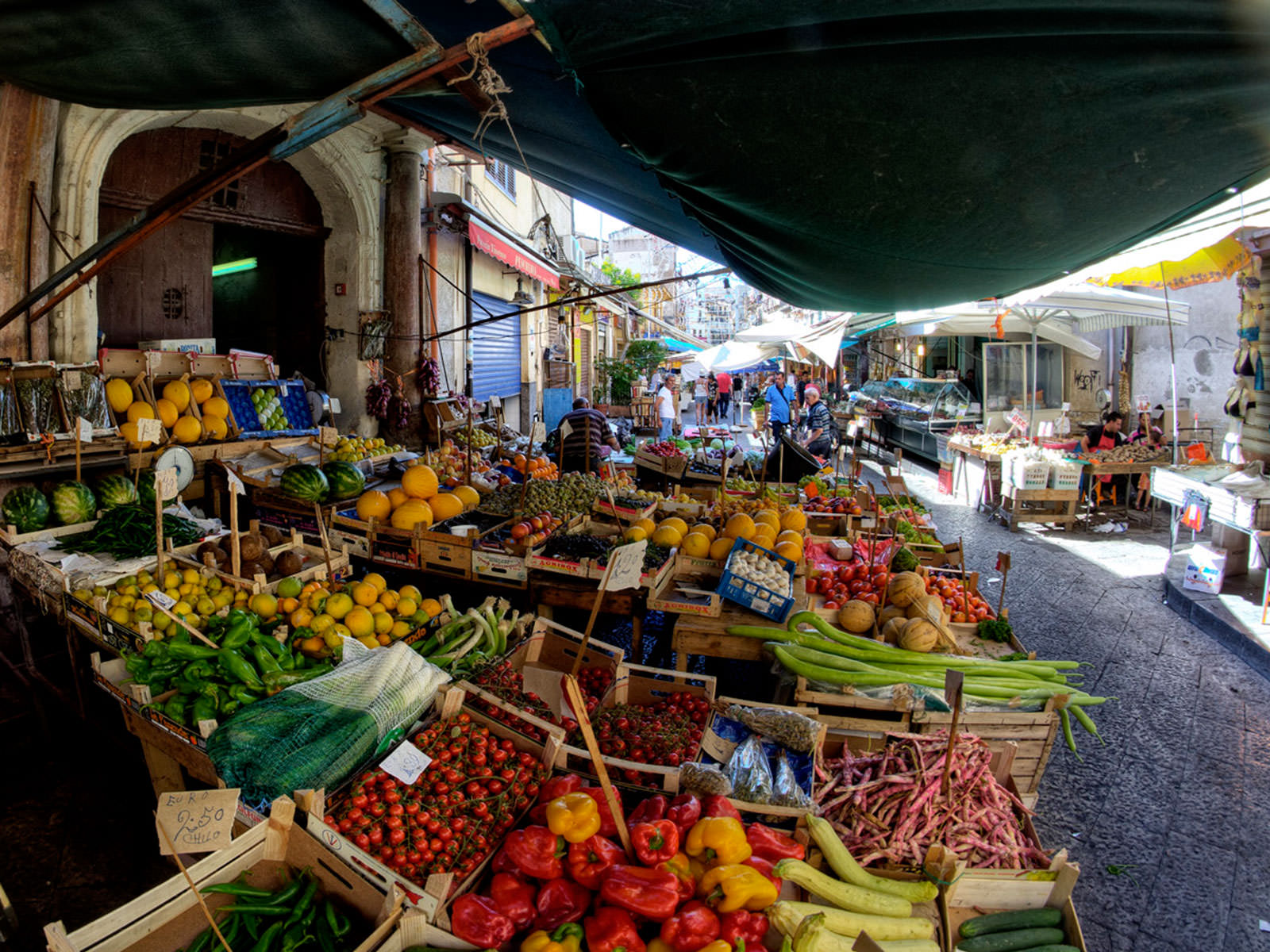 Palermo Ballarò typical market